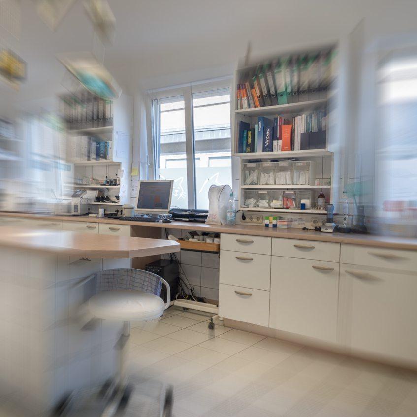 http://www.tierarzt-stirl.de/wp-content/uploads/2015/11/OP-Vorbereitung-3.jpg